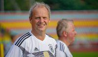 Weiterlesen: Güntzler neuer Kapitän des FC Bundestag