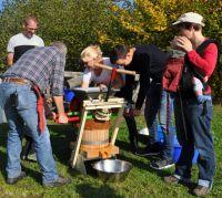 Weiterlesen: Streuobstwiesenfest und Apfelsammelmeisterschaft