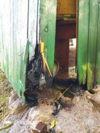 Weiterlesen: Schon wieder Schuppenbrand in Neuhof