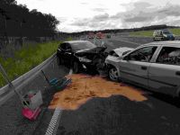 Weiterlesen: Frau stirbt bei Verkehrsunfall zwischen Nüxei und Mackenrode