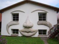 Weiterlesen: Haus lustig