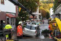 Weiterlesen: Wasserrohrbruch in der Ritscherstraße - Auto in die Straße eingebrochen