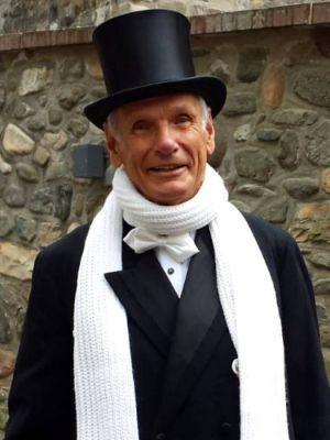 Wolfgang Zeiss wird  als Amtmann von Uslar die Besucher des Museumstages am Schlosstor begrüßen.
