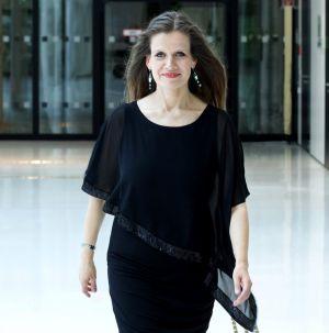 Christina Worthmann, Klavier, studierte an der HMT Hannover und erhielt wichtige künstlerische Impulse durch internationale Meisterkurse.