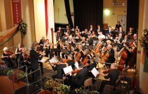 Das Orchester Göttinger Musikfreunde spielte unter Leitung von Johannes Moesus...