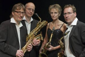Das Pindakaas Saxophon Quartett spielt....