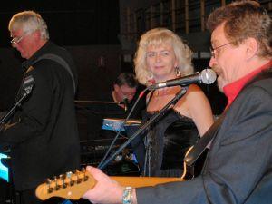 """Keine Angst vor Country: """"Latschen"""" zusammen mit Annette und Wolfgang David, David & Heart, bei der Revival Sound Company."""