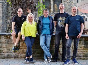 Freut sich auf ein Hammer-Festival: Das Mordsharz-Team mit (von links) Andreas Sack, Susanne Kinne, Roland Lange, Christoph Lampert und Christian Dolle. (Foto: privat)
