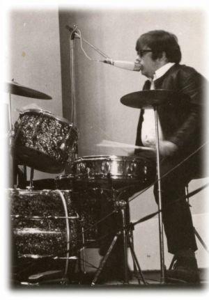 Wolfgang Stemme in jüngeren Jahren bei Morlock Five am Schlagzeug. (Foto: Morlock Five)