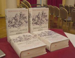 Monatelang in den Bestsellerlisten: das Werk von Prof. Münkler über den Dreißigjährigen Krieg