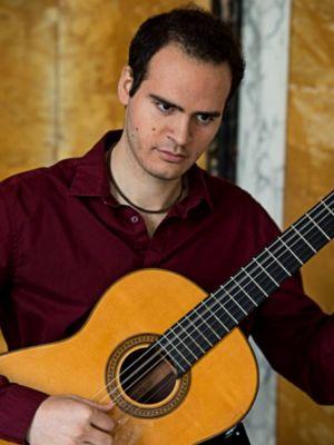 Der Gitarrist Gabriel Hernández Westpfahl wird Janette Rauch bei ihren Erzählungen im Schloss Herzberg begleiten. (Foto: Veranstalter)