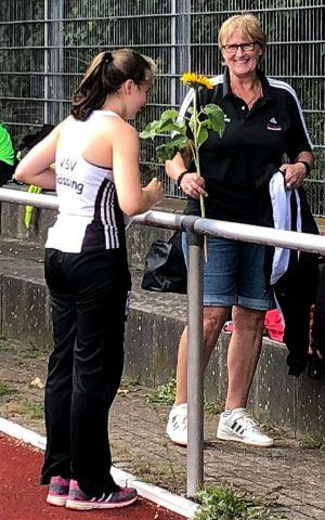 ...heute trainiert sie den Nachwuchs des VSV Rössing. (Fotos: privat)