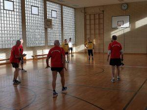 Spannende Spiele in der Sporthalle des KGS-Nebengebäudes.