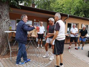 Wolfgang Lange mit den Drittplatzierten aus Osterode