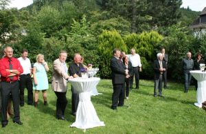 Bei herrlichem Sonnenschein hörten die Gäste begeistert dem Harzklub zu