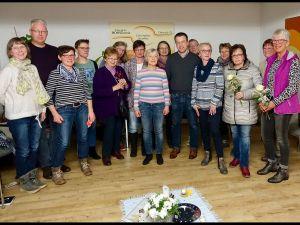 Beim Ambulanten Hospiz-Verein Osterode nahm Jens Augat am Gruppenabend der ehrenamtlichen Helferinnen und Helfer teil, der von der Vorsitzenden des Vereins, Petra Schröder, und der hauptamtlichen Koordinatorin Daniela Pfeiffer geleitet wurde.