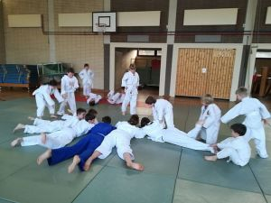 Zum Abschluß noch als kleinen Absacker noch ein paar Judoka-Rüben gezogen