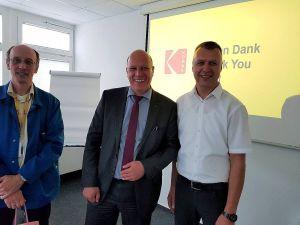 Abschließend bedankte sich Hinrich Bangemann, amtierender Präsident des Rotary Clubs, bei Sven Freyer (rechts) und Dr. Tobias Wittig für die Führung und die vielen Informationen.