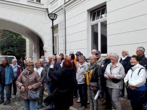 Bei der Stadtbesichtigung in Rostock.