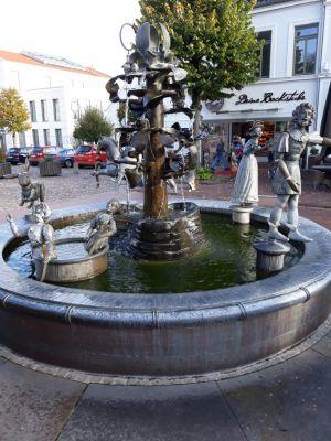 Sagenbrunnen Jever