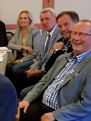 Auch Governor Udo Noack hatte Spaß. Hier im Foto mit Astrid Laue-Savic, Arndt Stollberg und Stefan Krippendorff (rechts). (Foto: Bettina Sohns.)