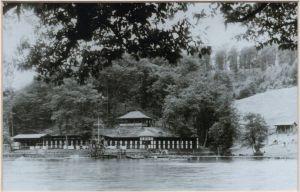 Das historische Umkleidegebäude aus den 1920ern. Historische Fotos: Archiv Foto Lindenberg