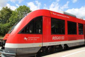 So sieht der frischgetaufte - wenn auch nicht gerade neue - Zug namens Bad Lauterberg im Harz aus