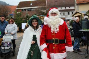Die Zuckerhexe und der Weihnachtsmann vom Märchengrund Bad Sachsa haben ihr Kommen wieder zugesagt