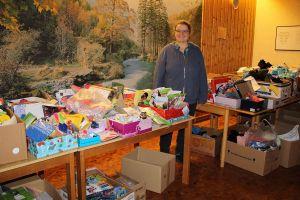 ...wo sie von Frau Dannenberg kontrolliert, vorbereitet und nach Bedarf mit gespendeten Dingen aufgefüllt werden