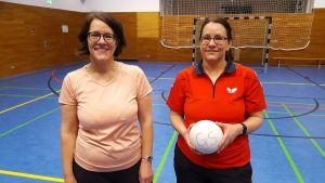 Sind gerne Gastgeberinnen für das Mädchencafé: Die Übungsleiterinnen Tanja Wedekind (links) und Katja Beck.
