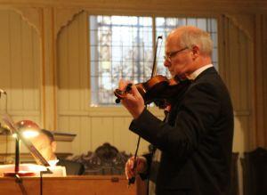 Mit Violine...