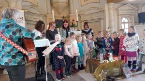 Kindergartenkinder beim Gesang. (Foto: Kirchenvorstand)