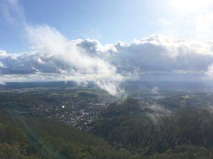 Vom Bismarckturm aus bietet sich ein atemberaubender Blick in alle Richtungen