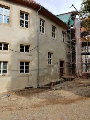 Die Außenfassade des Marstallflügels ist fast fertig. (Foto: Förderverein Schloss Herzberg)
