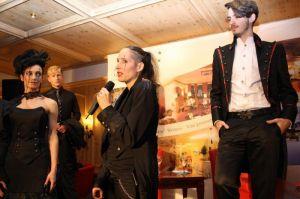 Die Bad Lauterberger Designerin entwirft ausgefallene Braut- und Festmode