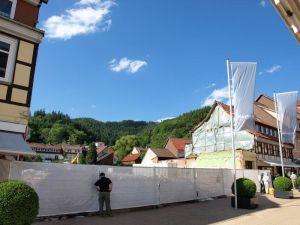 Ungewohnte Ansichten: Die derzeitige Baulücke gewährt den Kummelblick vom Boulevard.