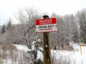 Im Wald können auch die Rettungspunkte wichtige Orientierung bieten.