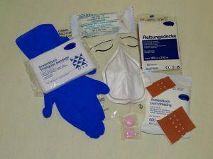 """Dieses """"Erste Hilfe""""-Pack passt in jede Jacketasche."""