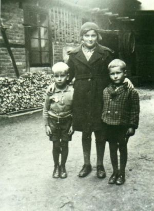 Hannelore Pelz um 1932 (Bild: Archivgemeinschaft)