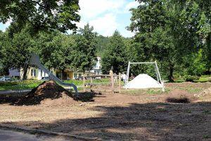 …während der Bauhof mit dem Umzug des Spielplatzes noch nicht ganz fertig ist.