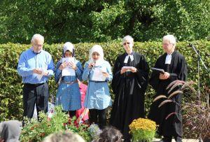 Auch diesmal wurde mit einem interreligiösen Friedensgebet begonnen