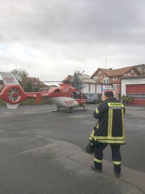 Der Rettungshubschrauber landete trotz der Windböen sicher. Foto: FW Bad Lauterberg