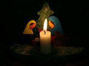 Eine gebastelte, sehr stimmungsvolle Weihnachtsdeko
