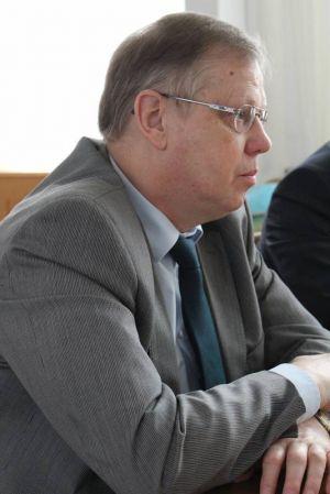 Eckhard Schwarz: durch Sofortmaßnahmen mit dem glücklicherweise vorhandenen Defibrillator konnte Schlimmeres verhindert werden