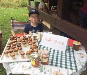 Die Muffins haben die Kinder selbst gebacken