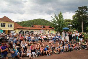 Auch, wenn es hier anders aussieht: es herrschte perfektes Wetter für das Kinderfest - die Besucher kamen von nah und fern
