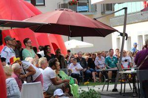 An dieser Stelle hätten wir gerne ein Bild mit jubelnden Besuchern gezeigt. Doch ein Tor für die deutsche Mannschaft wollte einfach nicht kommen...