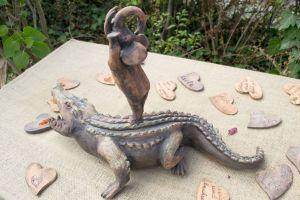 """Skulptur """"Jenseits der Angst"""""""