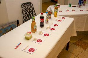 Ausstellung: Wie viel Zucker verbirgt sich in welchen Lebensmitteln?