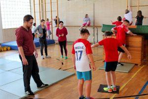 Nach Vorbesprechungen in der Gruppe wurden weitere Aufgaben gelöst. Mit auf dem Foto (von links) Fabian Busse, Katharina Faßbender und Karolin Lange.
